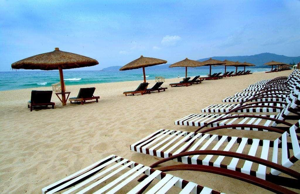 游览4a级景区【大东海国家旅游度假区】(游览不少于150分钟),珊瑚自然